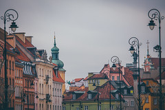 Colorful Old Town (freyavev) Tags: oldtown warsaw warszawa poland polska streetlamp colorful urban outdoor vsco mikasniftyfifty europe canon canon700d buildings