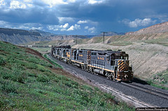 Stormy Day in the Desert (jamesbelmont) Tags: riogrande thompson thompsonsprings emd gp30 gp35 gp40 desert greenriverdesert bookcliffs train railroad railway locomotive drgw