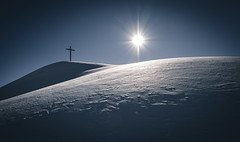 the cross (raimundl79) Tags: wow weather wanderlust tamron2470mm image instagram photographie perspective panorama lightroom landschaft landscape austria alpen österreich myexplorer nikon mountain new beautifullandscapes bestpicture berge vorarlberg view schnee snow lech arlberg