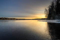 Iced sunrise (Rico the noob) Tags: dof z7 sunrise nature water outdoor clouds trees hdr tree travel forest published 1430mmf4s sky landscape 1430mm 2019 finland ice