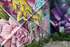 Graffiti Alley Toronto (Fabien Georget (fg photographe)) Tags: graffitialley toronto love bluehour skyline canada sea sun landscape paysage sky ayezloeil beautifulearth bigfave canon elitephotography elmundopormontera eos fabiengeorget fabien fgphotographe flickr flickrdepot flickrunited georget geotagged flickunited mordudephoto 5d fullframe mark iii