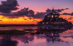 Best Of 2019 (10/10) : Mont Saint-Michel [FR] (ta92310) Tags: travel unesco france normandy normandie manche 50 mont saintmichel bluehour longexposure night nuit architecture natire meandre landscape paysage
