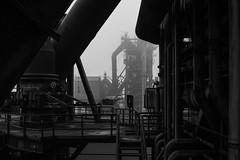 Cadre (Robin Kelderman) Tags: fog mist industry industriekultur industrie landschaftspark duisburg germany blackandwhite