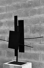 Three To Go (1962) - Brian Wall (1931) (pedrosimoes7) Tags: brianwall ferro iron blackandwhite blackwhite blackwhitepassionaward blackandwhiteonly escultura escultor sculptor caloustegulbenkianmuseum lisbon portugal ✩ecoledesbeauxarts✩ artgalleryandmuseums