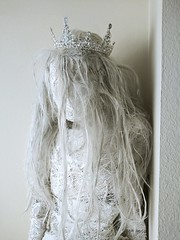 Got her a pretty crown (ok2la) Tags: 20200105143259 enchanted wireworks dead bride white ghoul ghost cemetary grave graveyard apparition crown tiara queen figure death