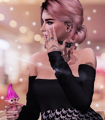 Like It Doesn't Hurt (Arwen Clarity) Tags: sllooksgoodtoday secondlife sl slblog pose people 2ndlife second life mesh maitreya blogs blog blogger bloggers truth clefdepeau ascendant eclipseartstudio dots pumec troll wishnick pink