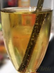 191231 vbcp 200106 © Théthi (thethi: pls read my first comment, tks) Tags: contained macromondays verre boisson bulle paille sans alcool réveillon bruxelles brussels belgique belgium 9675112 12216413