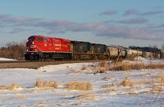 CP 7027- Setting sun at Medina (Khang Lu) Tags: cp canadian pacific emd sd70acu 7027 rebuild medina mn minnesota paynesville subdivision train railroad locomotive 689
