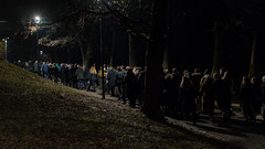 Queueing for the hill (gavin.mccrory) Tags: yellow dark night light shadow late people new year celebrations contrasts fireworks lit nightime darkness nikon dslr d7500 nightscape oslo norway city norge