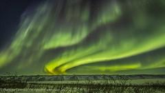 Lights on! (Mathieu Dumond) Tags: arctic canada nunavut kugluktuk december winter cold night snow northernlights aurora borealis tundra sky stars canon 5dmkiii mathieudumond umingmakproductions