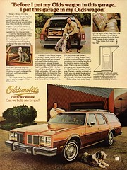 1977 Oldsmobile Custom Cruiser Wagon USA Original Magazine Advertisement (Darren Marlow) Tags: 1 7 9 19 77 1977 o olds oldsmobile c custom cruiser w wagon g m gm general motors car cool collectible collectors classic a automobile v vehicle u s us usa united states american america 70s