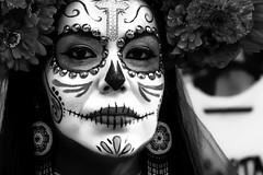 (Abel AP) Tags: people portrait diadelosmuertos dayofthedead culture cultural cultura mexicanamericanculture blackandwhite bw monochrome diasanjose sanjose california usa bayarea abelalcantarphotography twop