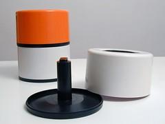portadischi01 (marratime) Tags: marratime vedodesign kartell porta dischi 1 7200 olaf von bohr plastic plastica design made italy modern modernariato vinile