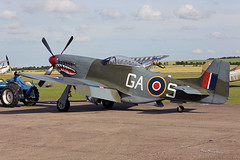 North American P-51D Mustang G-SHWN at Duxford 2016 2016-07-10 19-04-34_296 - mod et signe (vincent.lempereur) Tags: duxford2016 duxford flyinglegendduxford warbids raf wwii fighterwwii plane avion airshow aircraft mustang p51