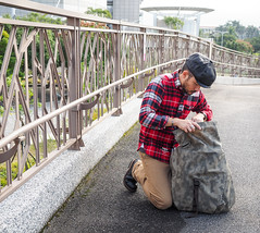PC210831 (a9825bon) Tags: ol olympus em1 m43 75mm 1240 jeansda redwing 9268 oris 65 workpants leathercap family selfie 兒童新樂園 帥爸 shuaibar wontancraft nomad