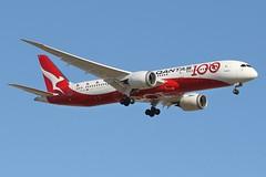 VH-ZNJ Qantas Boeing B787-9 Dreamliner (johnedmond) Tags: perth ypph westernaustralia qantas speciallivery boeing b787 7879 dreamliner sky aviation australia aircraft aeroplane airplane airliner plane eos7d ef100400mmf4556lisiiusm eos canon