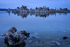 Fading into a distant memory (ScorpioOnSUP) Tags: a7riv california christmaseve christmaseve2019 easternsierra monolake sierranevada sonya7riv sonyalpha southtufa beautifullight chasinglight clouds lake landscape landscapephotography longexposure reflections rockformations solitude winter