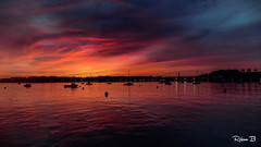 Crépuscule (Herbé) Tags: crépuscule dusk baiedepempoul sea seaside seascape coucherdesoleil sunset bateau boat borddemer mer maréehaute