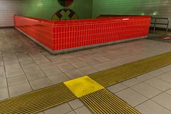 The red wall (jefvandenhoute) Tags: belgium belgië antwerp metro subway red