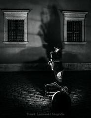 IMG_06001zw (Tomek Laskowski) Tags: canon oldtown warsaw warszawa photo photography view art people street streetart bnw bnwart bnwphoto bw blacknwhitre streetphoto streetphotography polska poland star starówka noc night tomeklaskowskifotografie canonphoto canonphotography image black fotografia fotografie foto zdjęcie zdjecie zdjęcia play music shadow shadows light lights journey trip saxophone man bnwgreatshot shot niceshot atmosphere