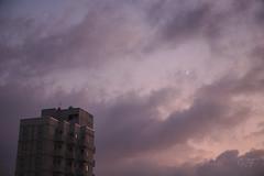 20191229-155611_5d051801cc4586973bcd19fa3fc24d0ba414b7e4561ce5346b100e90be673859-acf3dfc70b5bbedc73d38408c4dd949b_1080 (velenux) Tags: pesaro cielo sky nuvole clouds luna moon building palazzo