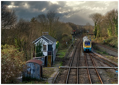 A timeless scene (Mark Gowing) Tags: 175113 class175 dmu tfw transportforwales parkjunction signalbox semaphores