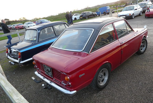 Sunbeam Stiletto (1968) & Triumph Vitesse 2-Litre (1967)