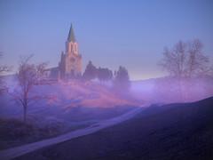 Another foggy sunrise (I)... (Felip Prats) Tags: osona puigagut boira niebla foggy albada amanecer sunrise