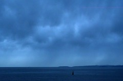 Moody blues (L@nce (ランス)) Tags: blue clouds cloud cloudy overcast storm stormy skyscape sky ocean pacific juandefuca salishsea canada nikon britishcolumbia nikkor victoria jamesbay hollandpoint