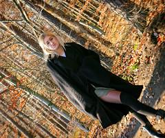 Autumn... (robert.maszka) Tags: pentaxkr robertmaszka portret kobieta jesień modelka człowiek blondynka las pomorze gdyniaorłowo drzewa liście listowie kolor kontrast pomorskie polska portrait woman people autumn fall blond beauty attractive wood foliage sunlight colour