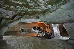 Accident ! (flallier) Tags: carrière souterraine tuffeau underground limestone quarry voiture épave accident galerie tunnel champignonnière mushroomfarm car vehicle