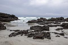 No Rain Now (fantommst) Tags: rarawa nz newzealand northland beach headland rocky cloudy rain tide deserted pacific ocean surf
