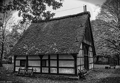 20191104-MUSEUMSHOF-BAD-OEYNHAUSEN-45_HDR (reinhard101) Tags: museum museumshof bad oeynhausen alte gebäude fachwerk bauer bauern gerätschaft gerät nrw germany nostalgie