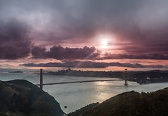 Golden Gate Ray (LarryJH) Tags: ray rays goldengatebridge goldengate bay sanfrancisco sanfranciscobay sky clouds cloudscapes cloudappreciation sunsrise stormysky fog