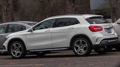 Mercedes-Benz GLA 250 (mlokren) Tags: 2019 car spotting photo photography photos pic picture pics pictures pacific northwest pnw pacnw oregon usa vehicle vehicles vehicular automobile automobiles automotive transportation outdoor outdoors mercedesbenz gla 250 gla250 suv cuv crossover white