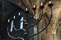 Der siebenarmige Leuchter... (r.wacknitz) Tags: braunschweig leuchter dom niedersachsen lowersaxony kulturgut art historic church nikond3400 nikkor35mm18 lightroom greatphotographers