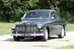 Volvo Amazon (1967) (Roger Wasley) Tags: volvo kht904e classic car vehicle