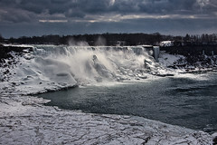Sunbeam over Niagara (KWPashuk (Thanks for >3M views)) Tags: nikon d7200 tamron18400mm tamron lightroom luminar luminar4 kwpashuk kevinpashuk niagarafalls niagara winter water snow ice mist panorama landscape river outdoors