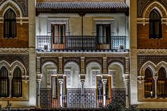 Architecture sévillane (Lucille-bs) Tags: europe espagne españa andalousie sevilla séville architecture lumière couleurs balcon nuit éclairage fenêtre