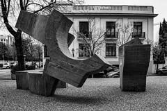 ... Madrid. Lugar de Encuentros ( IV ) ... (Lanpernas .) Tags: chillida escultura esculpture art arte contemporáneo madrid street fundaciónjuanmarch