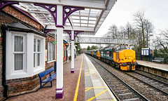 37402, 37424 and 36401 at Hinckley (robmcrorie) Tags: 37402 37401 37424 37558 class 37 norwich crewe 5z07 hinckley station nikon d850