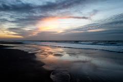 Strandspaziergang (blichb) Tags: 2020 abend deutschland ebbe himmel leica leicaq leicasummilux11728 nordsee schleswigholstein sylt weststrand wolken blauestunde blichb
