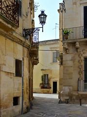 Lecce, Puglia (JH Photos!) Tags: lecce puglia apulië italy italië italia street streetview canon canon600d jhphotos photograpy nopeople beautiful city ancient history historical