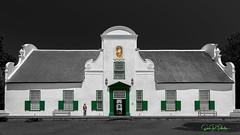 Groot Constancia Estate - South Africa 2018 (Eric R Porcher) Tags: afrique afriquedusud allrightsreserved architecture extérieur façade fenêtre front fronton grootconstanciaestate jardin parc porte péninsuleducap vert westerncape domaine propriété vignoble route des vins