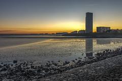 Terneuzen, riverbanks (Eugène56) Tags: terneuzen zeeland zeeuwsvlaanderen bluehour seaside sunrise riverbanks nikon d5600 longexposure lowtide river