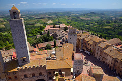 View from San Gimignano (Thomas Roland) Tags: unesco world heritage site europe europa italy italia italien sommer summer nikon d7000 travel rejse toscana tuscany by stadt town city siena piazza del duomo san gimignano medieval tower towers view udsigt landscape landskab landschaft