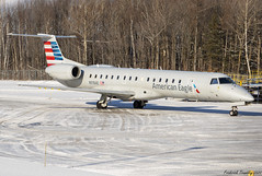 American Eagle / Operated by Envoy Air / Embraer ERJ-145LR / N918AE / YQB (tremblayfrederick98) Tags: americanairlines aviation avgeek avporn airplane embraer erj145 e145lr quebeccity quebec yqb planesspotting winter