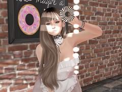 むぎちゃのどーぞードーナッツ (vparisv1225) Tags: firestorm secondlife life sl virtual vr girls reality 3d digital avatar women fashion beauty decor shopping event events maitreya