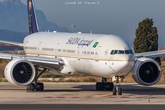 Saudi Arabian B777-368ER HZ-AK21 (José M. Deza) Tags: 20200107 b777368er bcn barça boeing elprat hzak21 lebl planespotting saudiarabian spotter aircraft