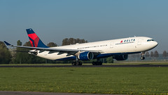 Delta Airlines N806NW plb20-00899 (andreas_muhl) Tags: a330300 ams amsterdam deltaairlines eham n806nw schiphol aircraft airplane aviation planespotter planespotting